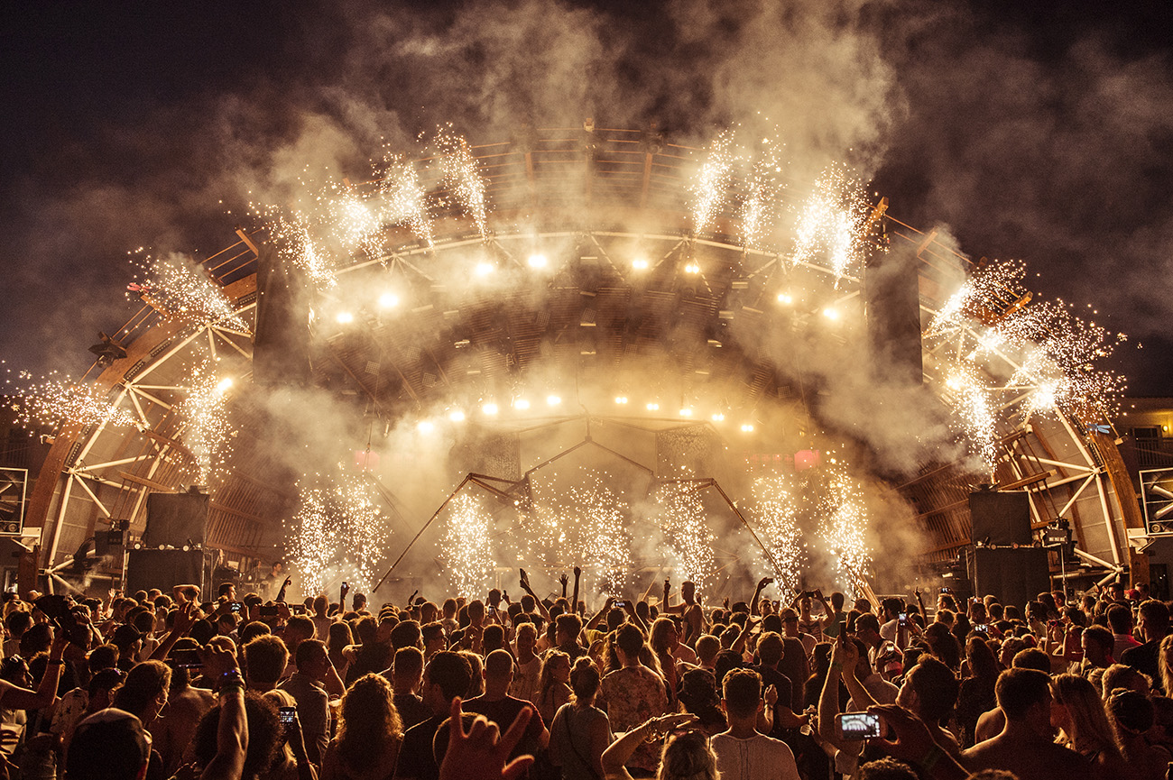 USHUAIA: Ibiza's Best Nightclub?