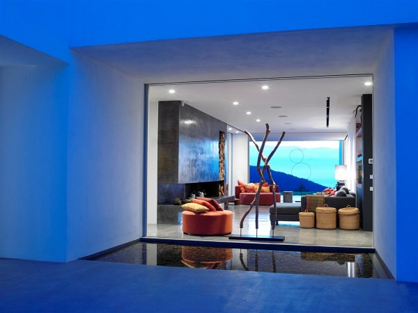The Villa Aesthetic: Finca or Modern?