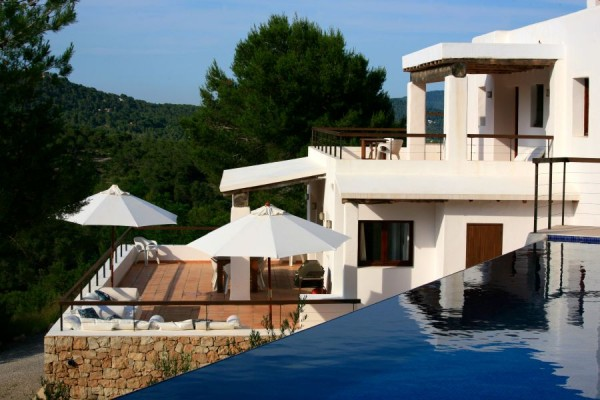Top 4 Luxury Family Villas in Ibiza
