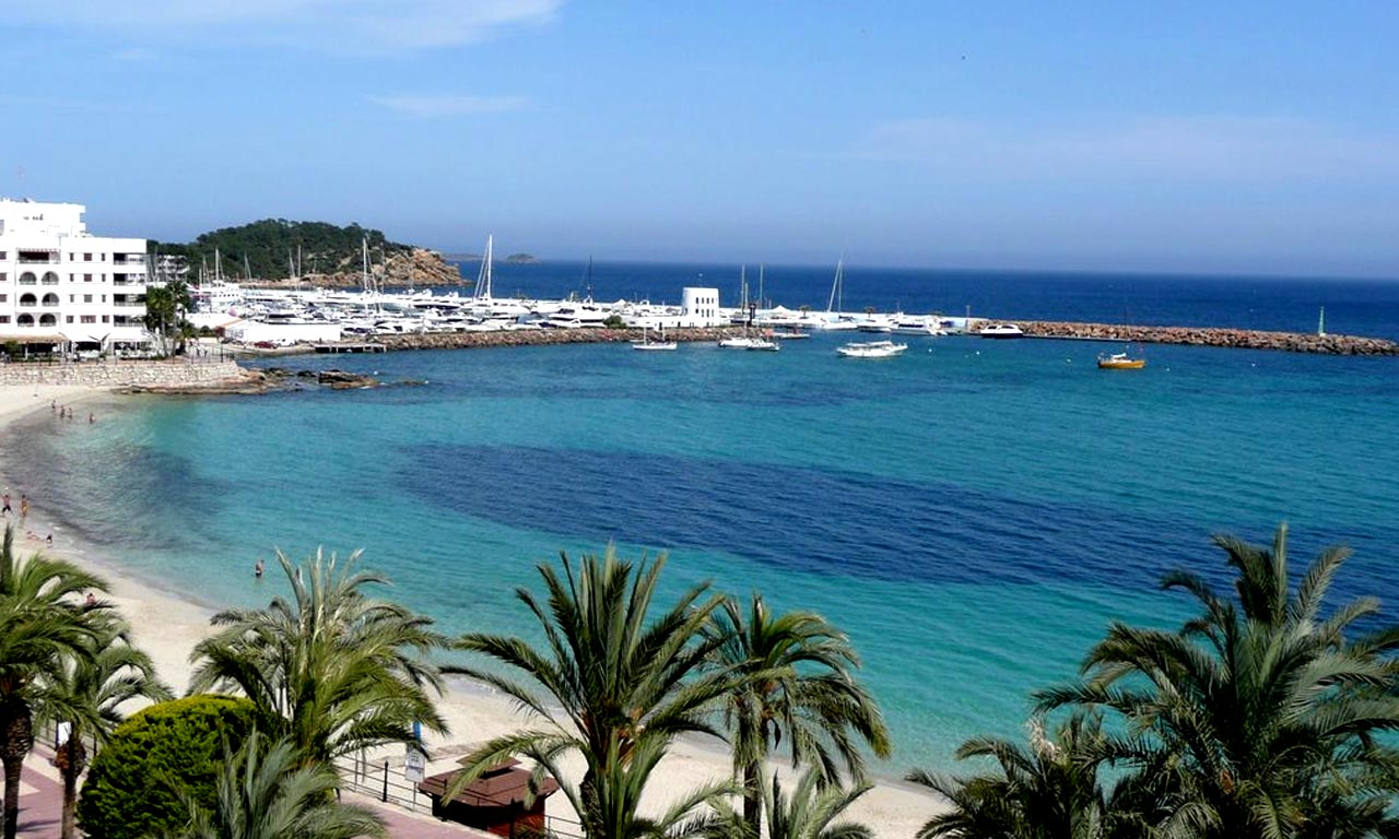 5 Unmissable Areas to Stay in Ibiza